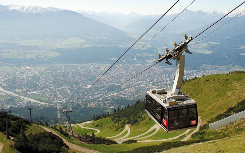 Die Seegrubenbahn fährt in der Sommersaison täglich bis 17.30 Uhr, bei Veranstaltungen auch länger.