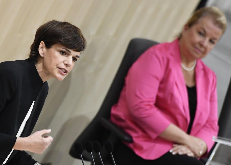 SPÖ-Chefin Rendi-Wagner attestiert der Regierung fehlenden menschlichen Anstand.