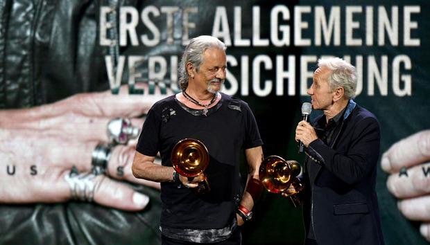 Gleich zwei Preise räumten Thomas Spitzer und Klaus Eberhartinger von der EAV ab.