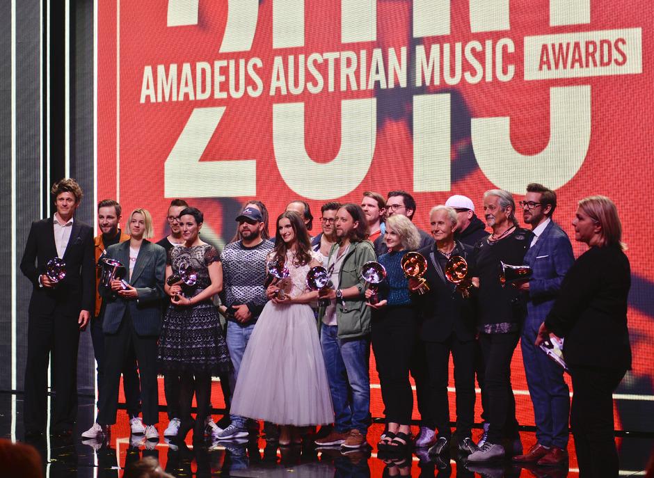 Die Ausgzeichneten beim 19. Amadeus Music Award in Wien.