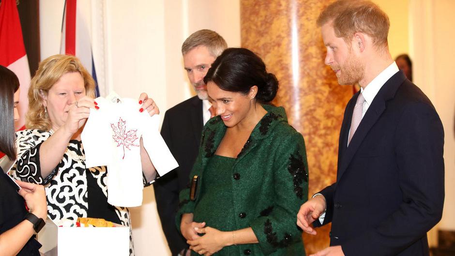 Für ihr Baby haben Meghan und Prinz Harry schon einige Geschenke bekommen.