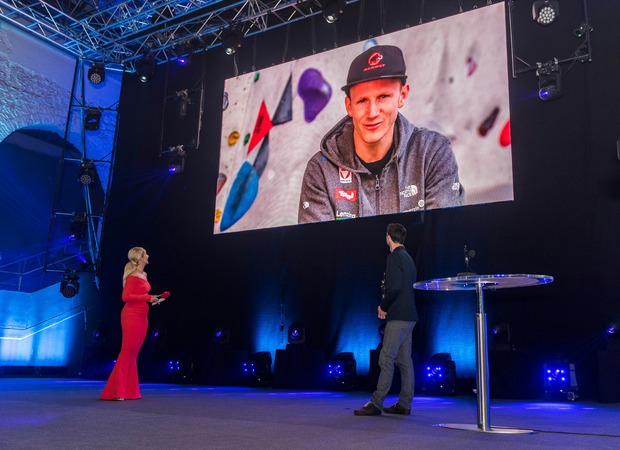 Marathon double world champion Jakob Schubert was greeted with a video message from the Boulder World Championship in China.