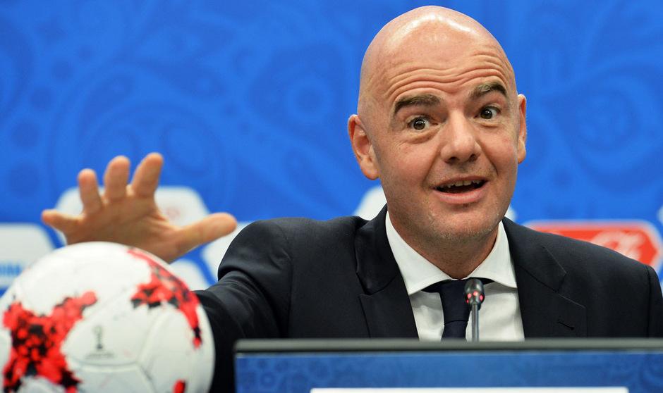 FIFA-Boss Gianni Infantino hält an seinen Plänen für eine WM-Aufstockung auf 48 Teams fest.