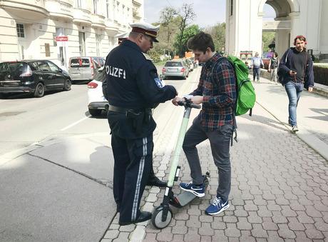 Nach einem holprigen Start in Wien wird jetzt vermehrt kontrolliert.
