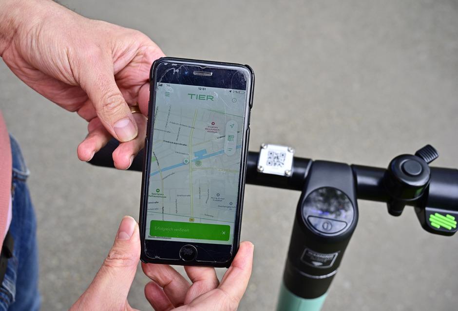 In der Smartphone-App sieht man, wo freie Roller stehen.