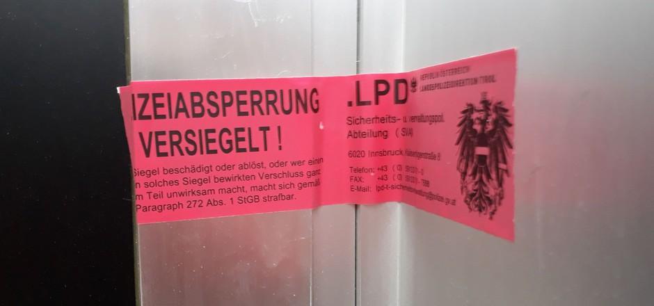 Obwohl die Polizeibeamten keinen Glücksspielautomaten fanden, wurde das Lokal am Bozner Platz zugesperrt.