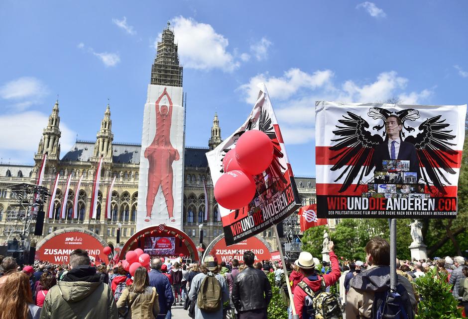 Die Abschlusskundgebung der SPÖ am Rathausplatz.