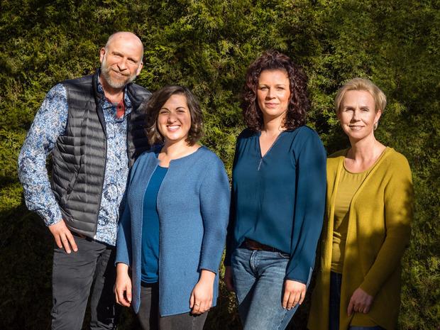 Clemens Skrabal, Svenja Resinger, Miriam Stabinger und Koordinatorin Christine Ganeider (v.l.) bilden das neue Palliativteam.