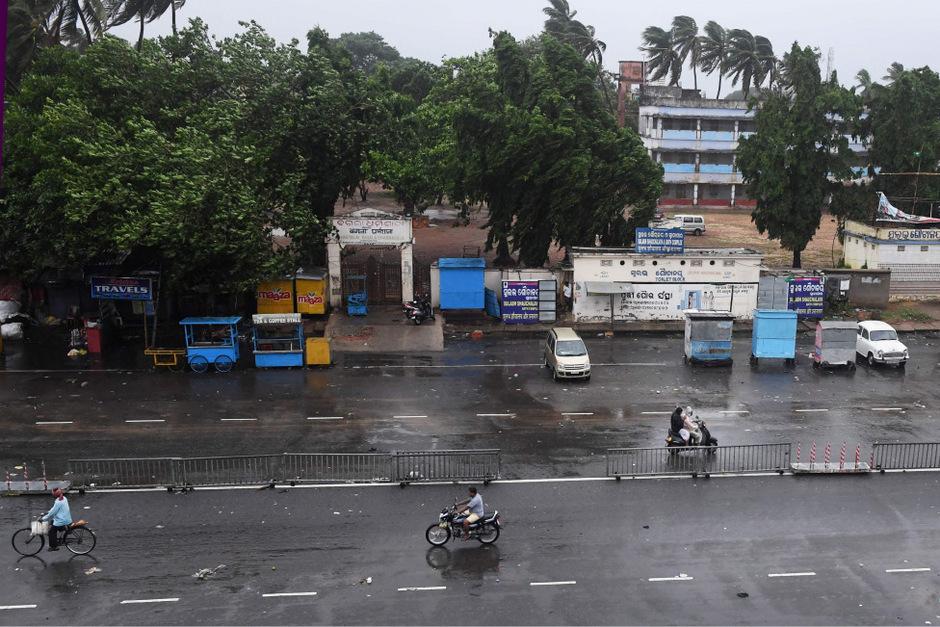 Kurz vor dem Eintreffen des Sturms sind die Straßen ungewohnt leer.