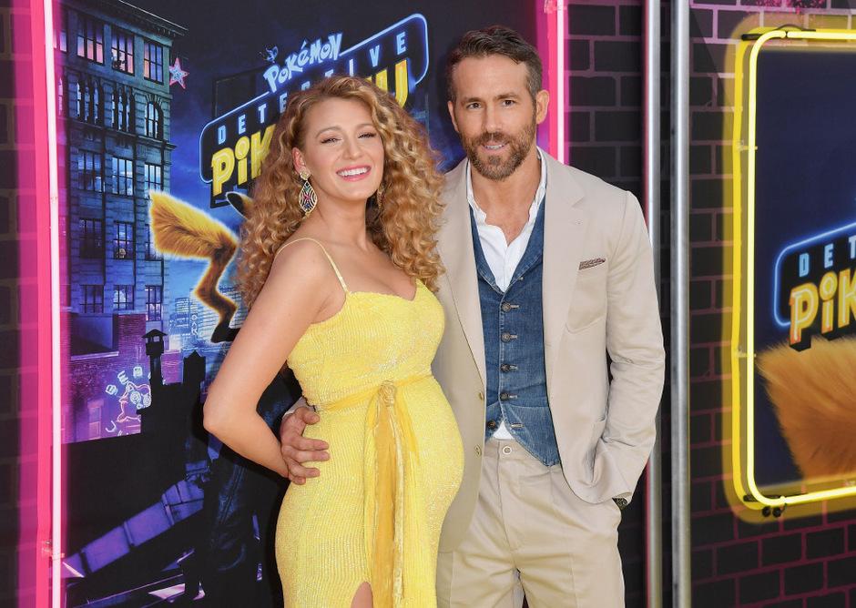 """Blake Lively mit ihrem Ehemann Ryan Reynolds bei der Premiere des Films """"Pokemon: Meisterdetektiv Pikachu""""."""
