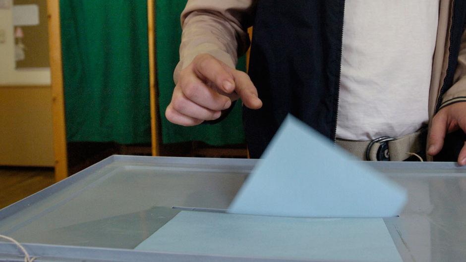 Bei Gemeinderatswahlen dürfen EU-Bürger an ihrem Hauptwohnsitzort die Stimme abgeben, nicht jedoch bei Landtagswahlen. (Symbolfoto)