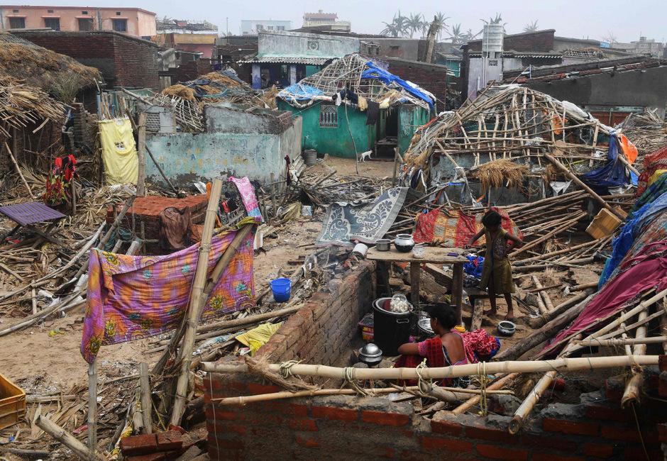 Hunderttausende Menschen verloren alleine in Indien ihr Heim.