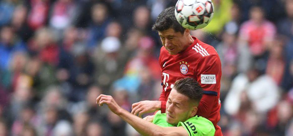 Stürmerstar Robert Lewandowski brachte die Bayern per Kopf in Front.