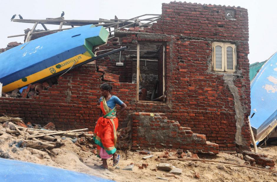 Hunderttausende Häuser wurden an der Ostküste Indiens und in Banladesch zerstört.
