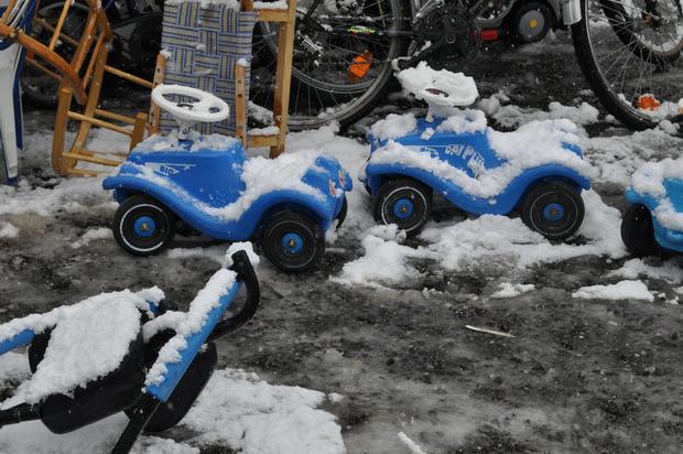 Der Stimmung im Flohmarktzelt tat der Schnee jedoch keinen Abbruch.