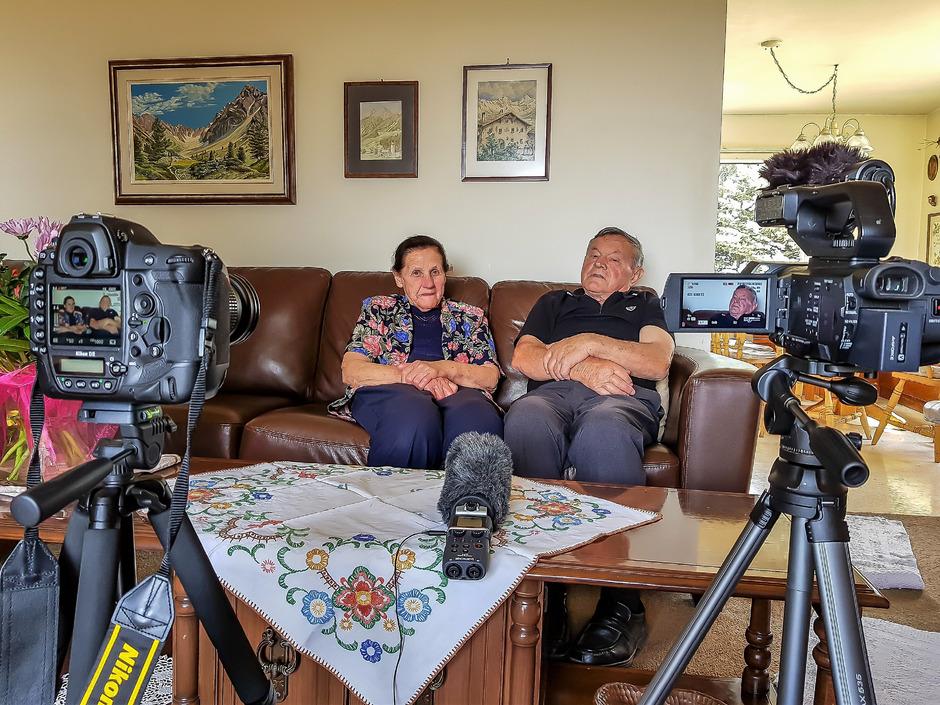 Zenzl und Raimund Stadlwieser wanderten in den 50er-Jahren nach Kanada aus. Dort wurden sie für das Zeitzeugenarchiv interviewt.