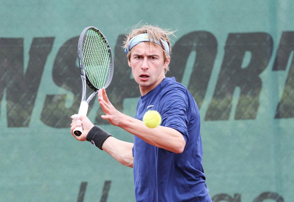 Jonas Trinker führt Titelverteidiger IEV in die neue Saison der Tiroler Mannschaftsmeisterschaft.