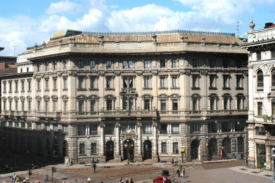 Stammhaus der UniCredit in Mailand