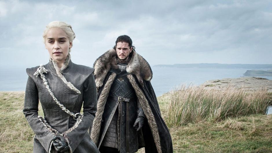 """Daenerys Targaryen und Jon Snow sind die Hauptprotagonisten der Fantasy-Saga """"Game of Thrones"""", deren finale Folge in der Nacht auf Montag ausgestrahlt wird."""