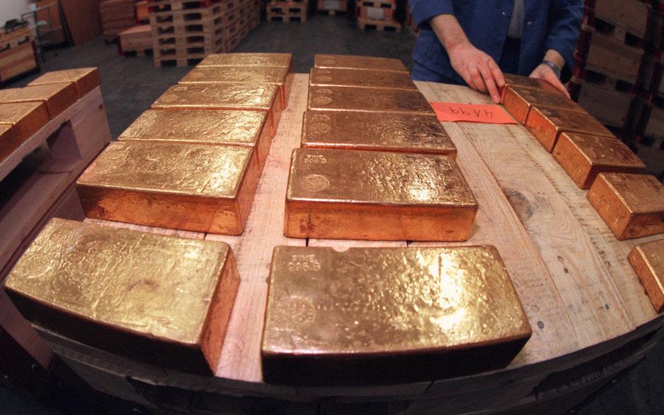 Als weltweit erste Krypto-Börse steigt die Wiener Bitpanda in das Goldgeschäft ein und sagt klassischen Händlern den Kampf an.