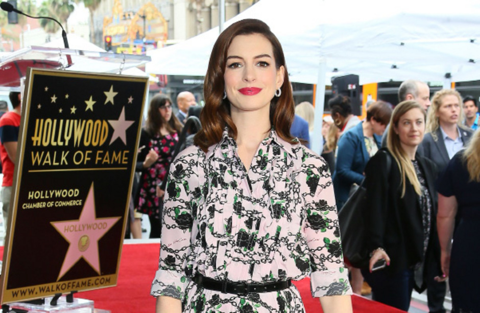 Anne Hathaway dankte in ihrer Rede ihren treuen Fans.