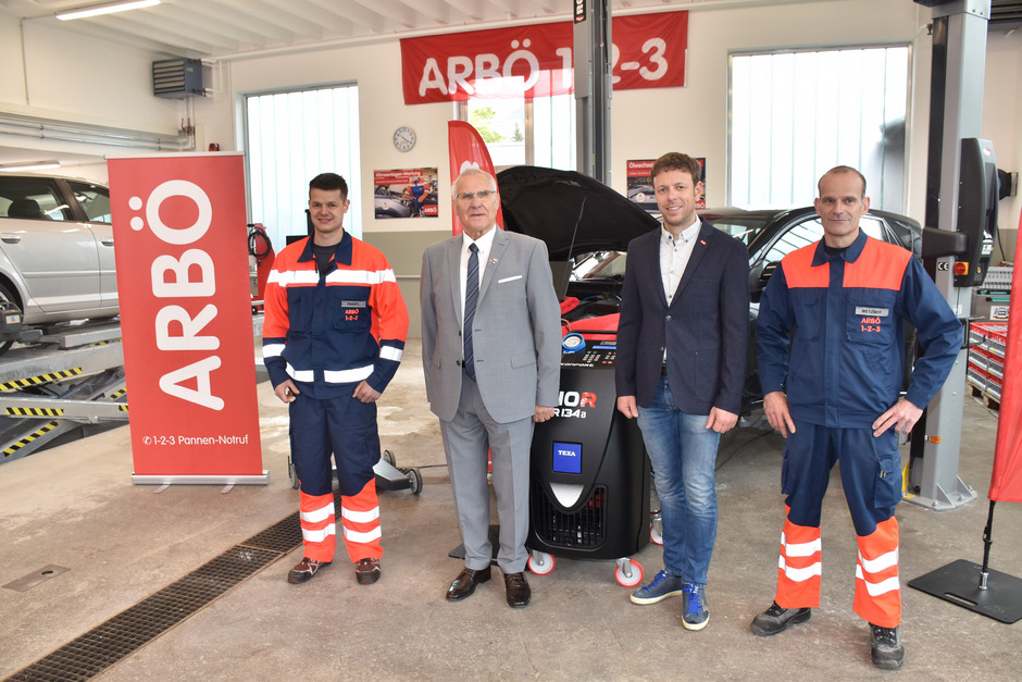 Die ARBÖ-Familie ist im Außerfern angekommen (v.l.): Pascal Prantl (Leiter Imst), Präsident Eduard Fleischhacker, Betriebsleiter Tirol Mathias Margreiter und Prüfzentrumsleiter Lechaschau Thomas Metzner.