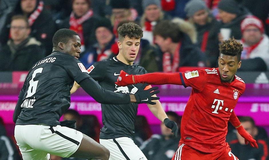 Die Leipziger wollen die Bayern um Kingsley Coman am Weg zum Meistertitel stoppen.