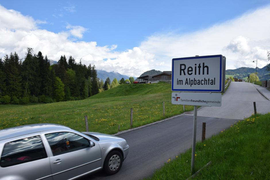 Auf der Wiese im Bereich Neudorf/St. Gertraudi hätte die Bodenaushubdeponie entstehen sollen. Der Grundeigentümer zog nun jedoch sein Angebot für das Areal spontan zurück. Der Unternehmer sucht nach einer alternativen Lösung.