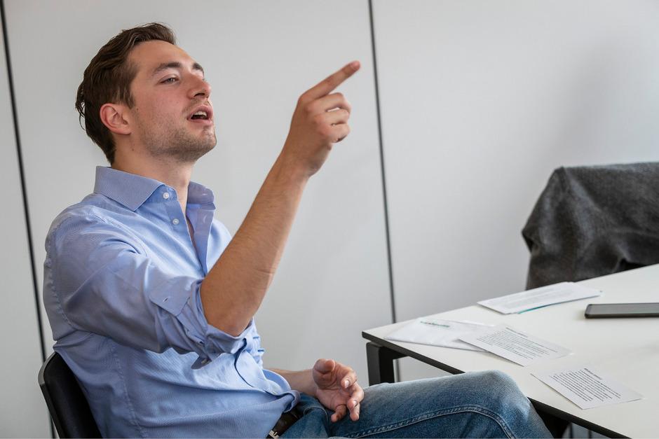 Maximilian Kurz (FPÖ) stellte sich auch den Leserfragen in einem TT-Chat.