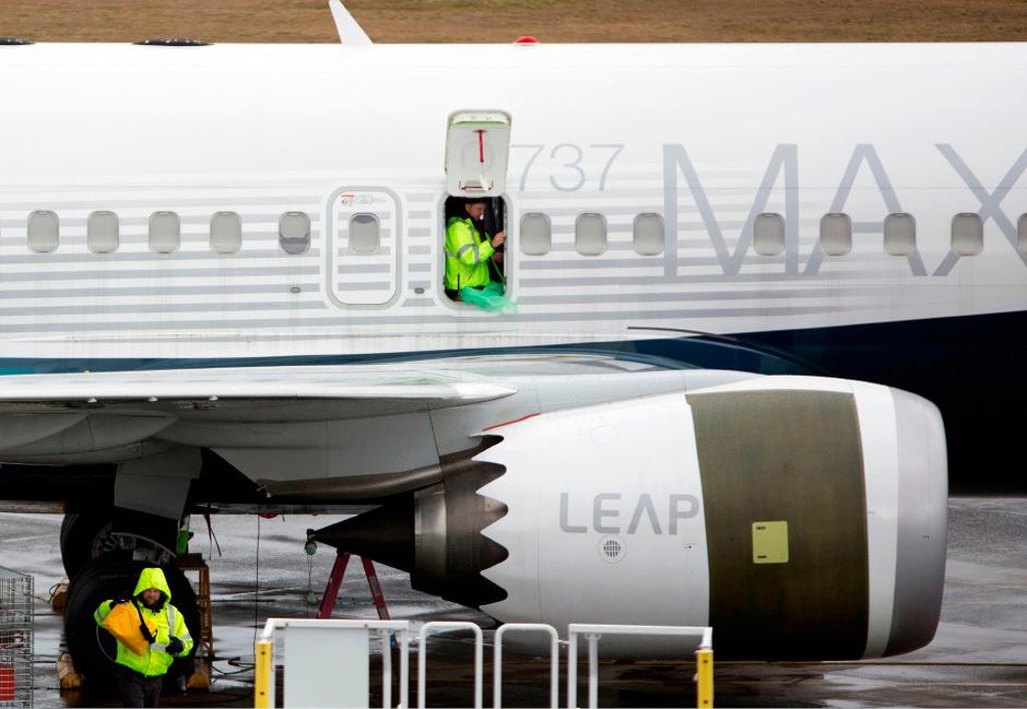 Insgesamt starben fast 350 Menschen, als im März in Äthiopien und im Oktober in Indonesien eine 737 Max jeweils kurz nach dem Start abstürzten.