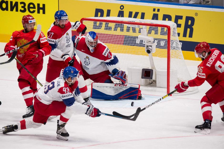 In der Ondrej Nepela Arena entschieden Sergej Andronow (14.) und Nikita Gusew (33.) den packenden Schlagabtausch zugunsten der besseren Russen.