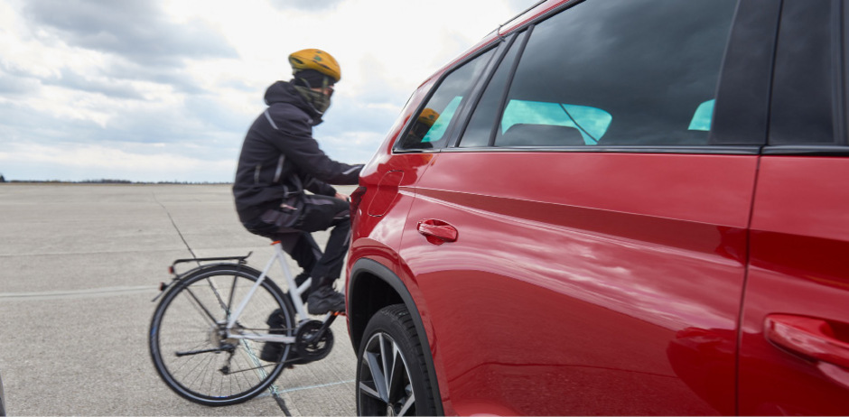 Eine Möglichkeit, die  Unfallzahlen zu reduzieren, sind moderne Parkassistenten mit einem automatischen Notbremssystemen.