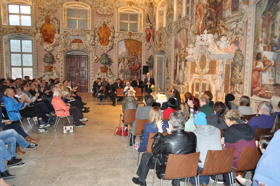 Im Bernardisaal (Bild) des Stiftes Stams findet am Freitag ein Vortrag über die Hutterer statt.