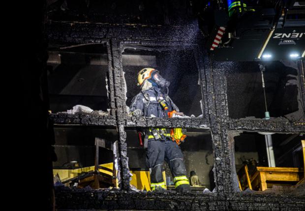 Insgesamt waren über 50 Feuerwehrleute im Einsatz.