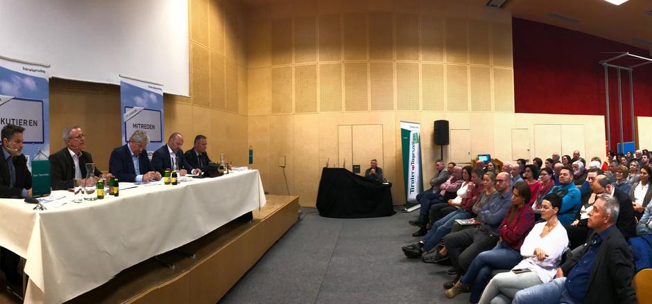 Das TT-Forum in Schwoich stieß auf reges Interesse.