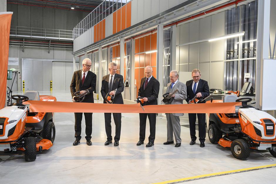 Am vergangenen Freitag wurde die neue Halle in Langkampfen offiziell eröffnet.
