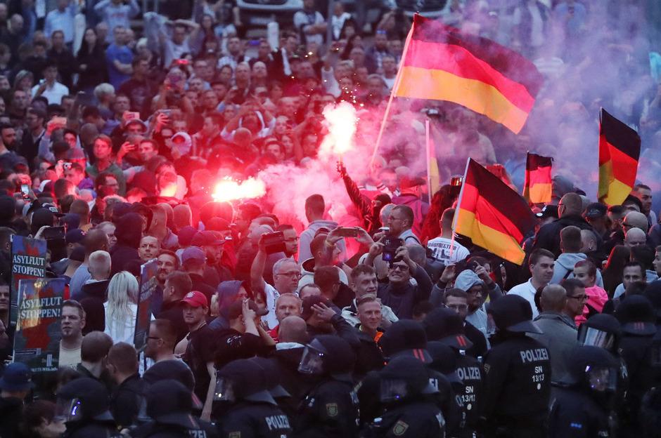 Wenn rechte Hetze in Gewalt umschlägt: Die Ausschreitungen in Chemnitz im Sommer 2018 schockierten Deutschland.