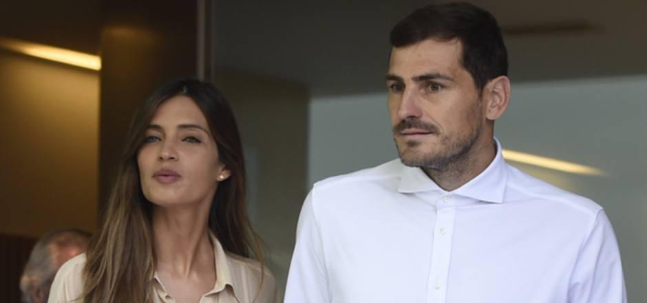 Am 6. Mai verließ Casillas mit seiner Frau Sara Carbonero das Krankenhaus in Porto.