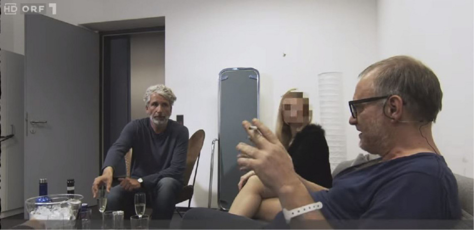 """Stermann  und Grissemann parodieren in """"Willkommen Österreich"""" das Ibiza-Video."""