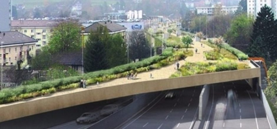 In Zürich wird die Stadtautobahn über eine Länge von einem Kilometer eingehaust. Die Bauarbeiten im Quartier Schwamendingen dauern fünf Jahre (bis 2023).