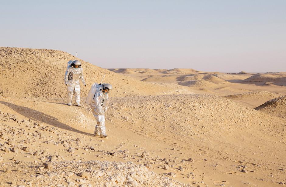 Die Analog-Astronauten sollen den Mars-Anzug testen - wie 2018 im Oman.