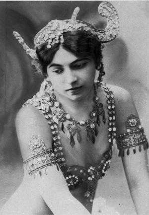 Mata Hari vernebelte als erotische Tänzerin den Männern die Sinne.