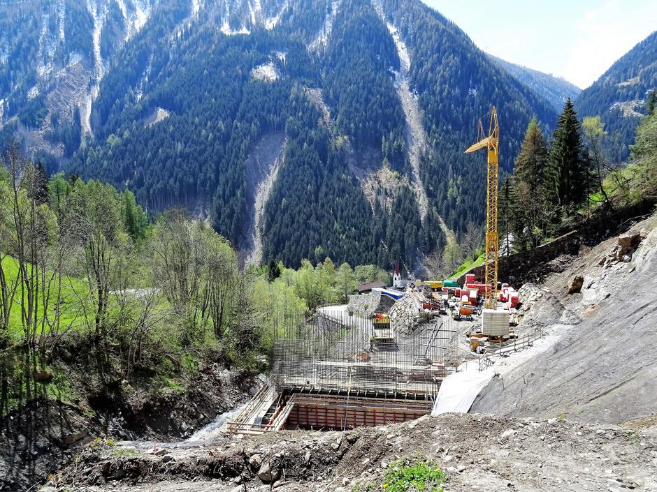 Die Verbauung im Hopfgartnergraben in der Gemeinde Hopfgarten macht gute Fortschritte.