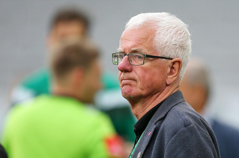 Wacker-Präsident Stocker zieht sich als Aufsichtsrats-Chef der Bundesliga zurück.