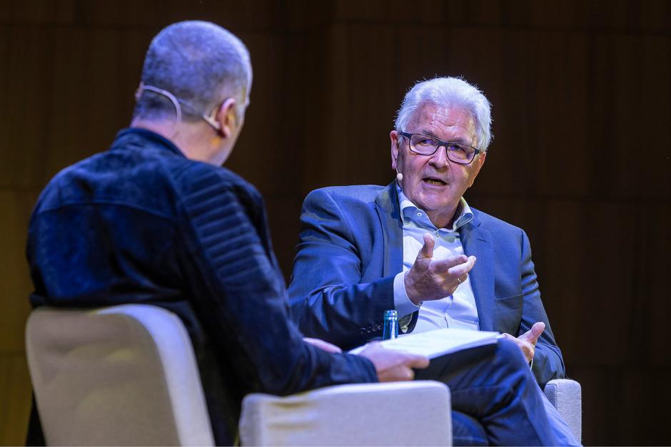 Im Gespräch mit Bernhard Aichner kramte Zeitzeuge Richard Piock in seinen Erinnerungen.