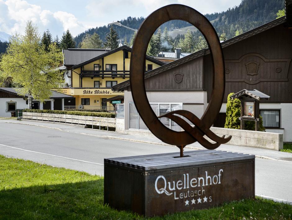 Der Quellenhof in Leutasch erwarb schräg gegenüber die Alte und Neue Mühle (im Hintergrund) von Hotelier Robert Krismer.