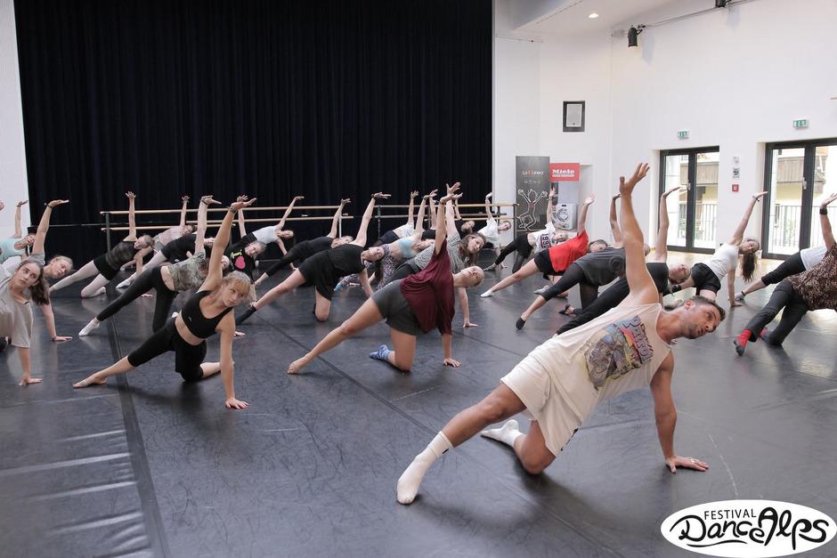 Internationale Teilnehmer und internationale Dozenten sind das Merkmal der Workshops beim Dance Alps Festival in St. Johann.