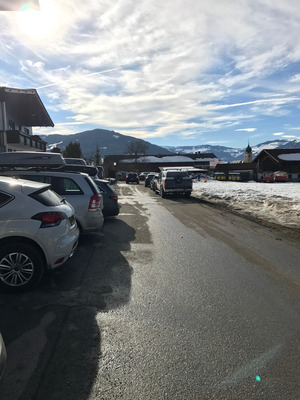 Schon jetzt ist die Verkehrssituation in der Schulgasse im Winter äußerst problematisch.