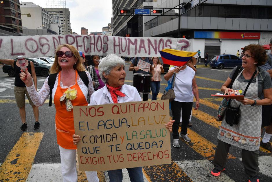 Verzweifelte Venezolaner demonstrierten in Caracas.