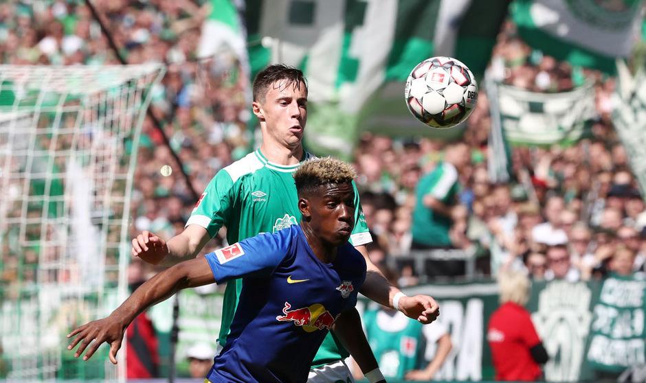Marco Friedl geht weiterhin für Werder in die Zweikämpfe.